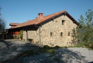 Casa Los Llanos- Apartamento - Infiesto, Asturias
