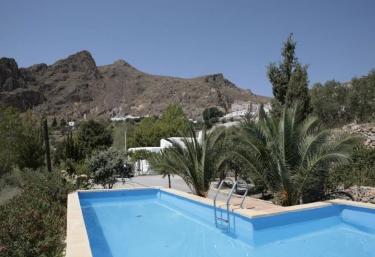 Cortijos Manzano - Finca Huebro - Nijar, Almería