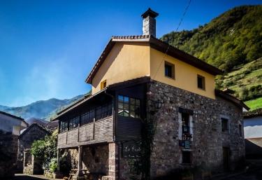 La Corte de Somiedo - Villar De Vildas, Asturias