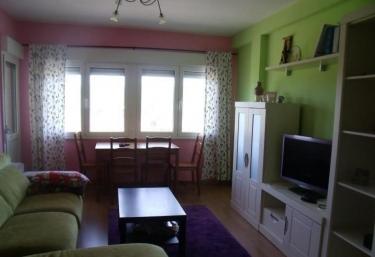 Apartamentos Bañugues - Luanco, Asturias
