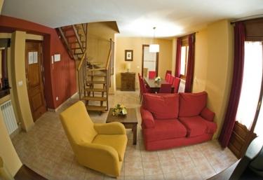 Apartamentos La Trufa Negra - Mora De Rubielos, Teruel