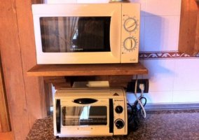 Cocina con todo el equipamiento