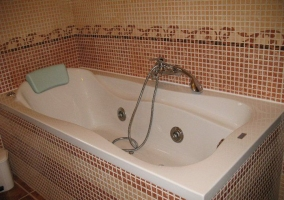 Aseo con bañera de hidromasaje