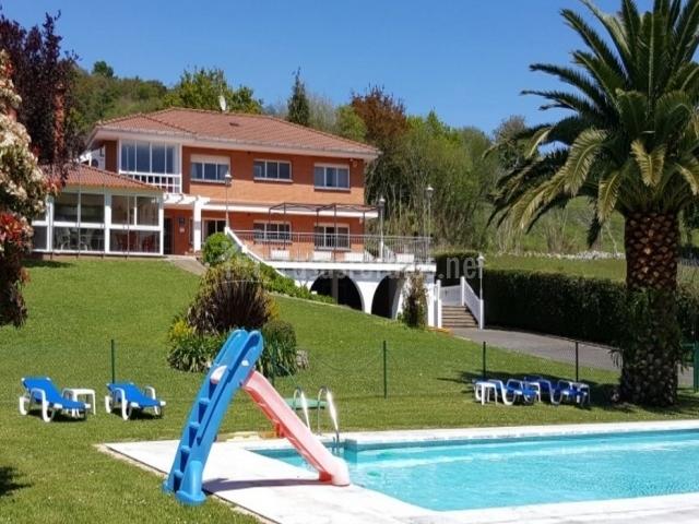 Hotel ribadesella en ribadesella asturias for Hoteles con piscina asturias