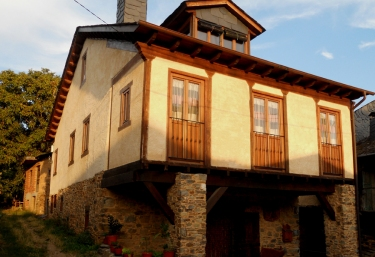 La Osa Mayor - Valtuille De Arriba, León