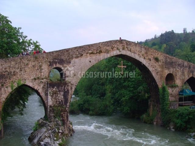 Puente Romano Matrimonio : Casa de aldea el trasgu en soto dueñas asturias