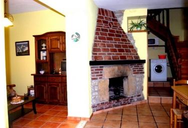 Casa El Cuetu I - Ortiguero De Cabrales, Asturias
