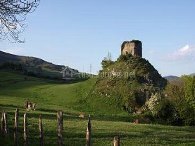 La casa de cobejo en molledo cantabria - Casa rural en rupit i pruit ...