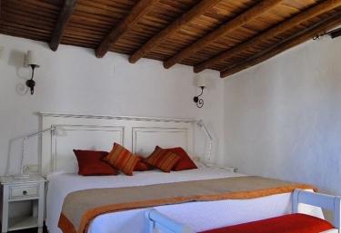 Casas Escobar Jerez- San Antón - Valencia De Alcantara, Cáceres