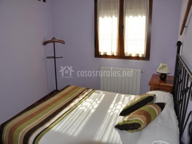 Casa de los abuelos i en navafria segovia - Cojines cama matrimonio ...