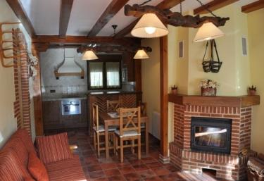 Casa de los Abuelos I - Navafria, Segovia