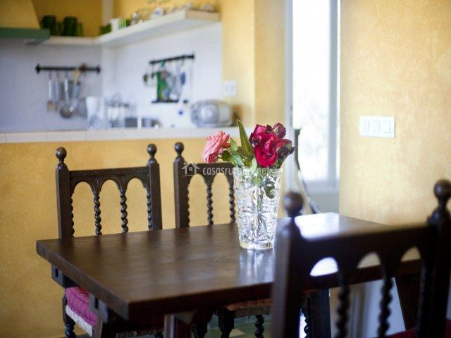 Mesa de comedor de Casa de Invitados