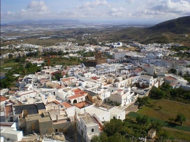 Casas loli acacio maracas 1 en pozo de los frailes almer a for Inmobiliarias de almeria