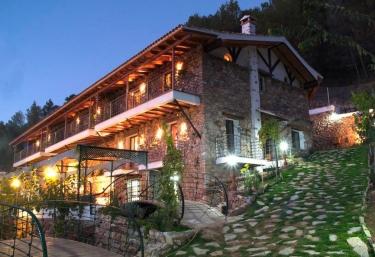 Casas rurales El Serbal- Casa Raúl - Benatae, Jaén
