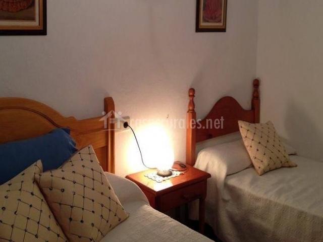 Barranco padilla casa 2 en beznar granada - Colchas dormitorio matrimonio ...