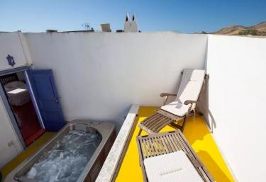 15 casas rurales con jacuzzi en almer a - Casa rural almeria jacuzzi ...