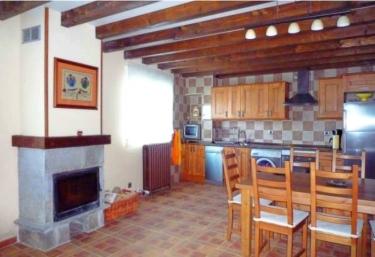 Casa Rural Montes Obarenes - Villanueva De Teba, Burgos