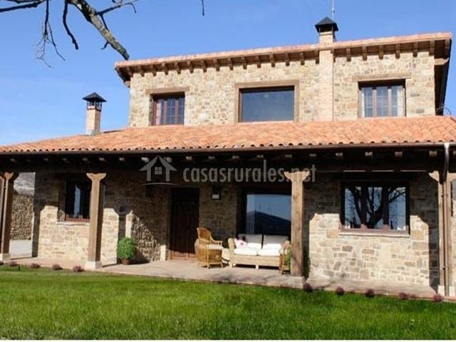 Casa rural garag eta en arevalo de la sierra soria - Casa rural en rupit i pruit ...