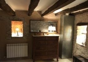 Mobiliario antiguo habitación