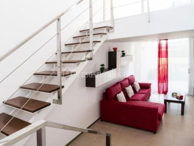 Casa faixeta en l 39 ampolla tarragona for Sala de estar vista desde arriba