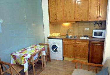 Apartamentos Pleta Bona- Herbasabina 7 - Taull, Lleida