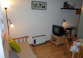 Sala de estar con sillones que se convierten en cama