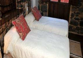 Salón y elegantes sofás
