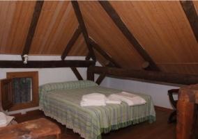 Altillo de la casa con dormitorio