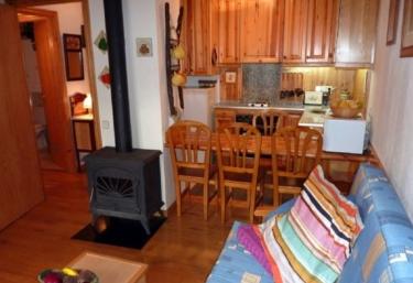 Apartamentos Pleta Bona- Falcó 17 - Taull, Lleida