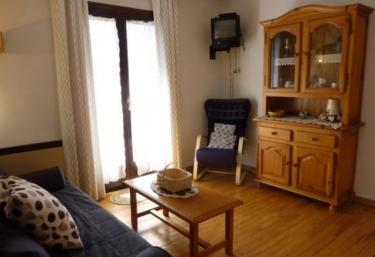 Apartamentos Pleta Bona- Falcó 14 - Taull, Lleida