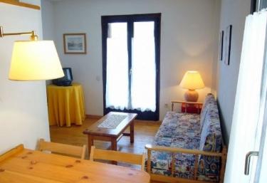 Apartamentos Pleta Bona- Falcó 7 - Taull, Lleida