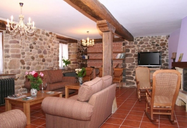 Posada el Arrabal- Apartamentos - Arenas De Iguña, Cantabria