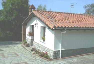 La Casina de la Huerta - Llanes, Asturias