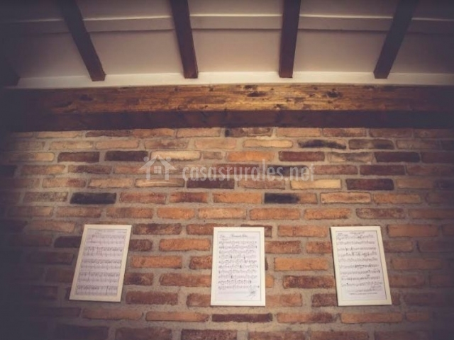 Detalles musicales en las paredes