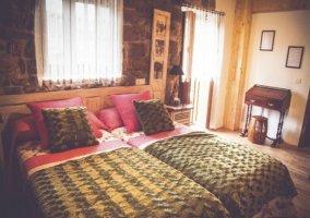 Dormitorio doble con salida a su terraza