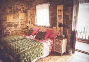Dormitorio doble con salida a una terraza