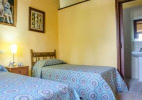 Dormitorio y su aseo integrado