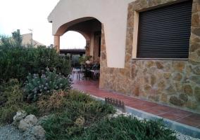 Vistas de los jardines junto al porche