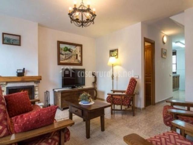 Apartamentos el cruceiro ii en castropol asturias for Sala de estar en el patio