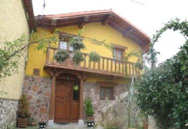 Crescencia 3 - Los Carriles (Llanes), Asturias