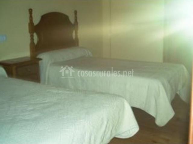 Dormitorio doble con 2 camas