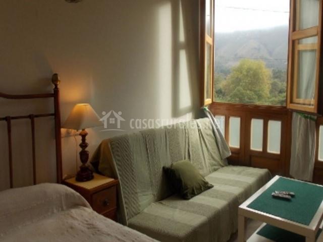 Apartamento Covadonga Dormitorio y Salón