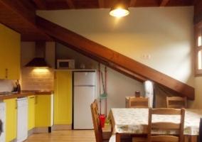 Apartamento Cares Cocina y comedor