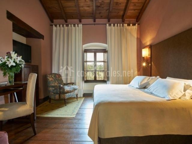 Dormitorio 2 con cama amplia