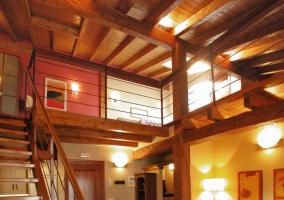 Escaleras hacia el piso superior