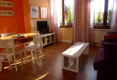 Apartamentos Turísticos Ezcaray- Ático A - Ezcaray, La Rioja