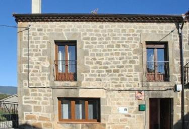 Casa Rural Blasco - Duruelo De La Sierra, Soria