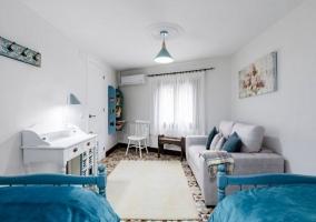 Sofá-cama del dormitorio