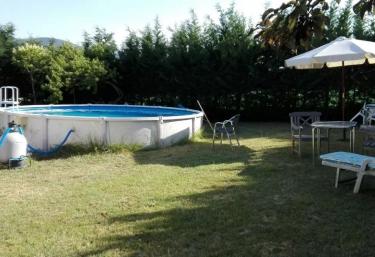 Casas rurales con piscina en barco de avila for Casa rural avila piscina