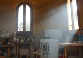 Cocina completa de la casa con vistas
